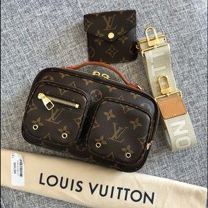 ‼️SOLD‼️ Louis Vuitton Utility Monogram Crossbody
